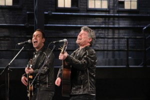 Murray Foster and Mike Ford perform on Dragons' Den.